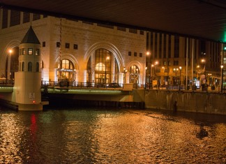 Eat and Play in Milwaukee