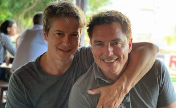 John Barrowman gay