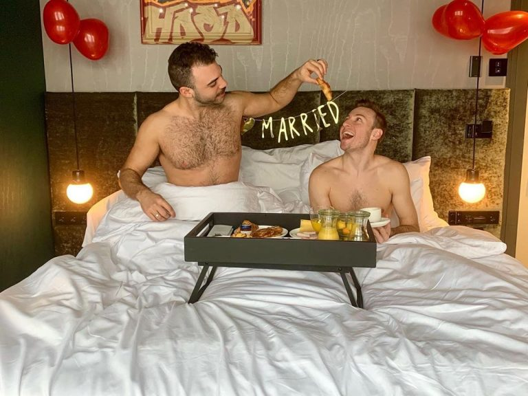 Olympic Diver Matthew Mitcham Just Married His Stud